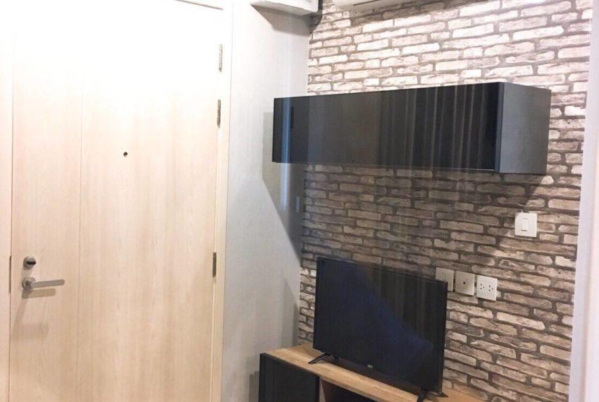 Life Asoke-livingroom2
