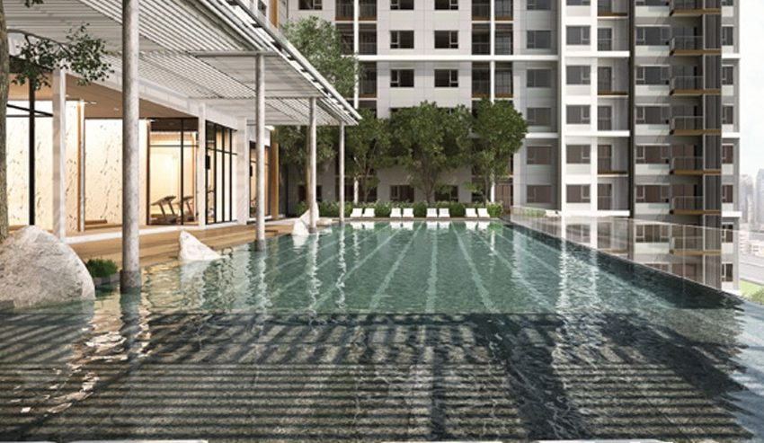 Life Asoke - swimming pool