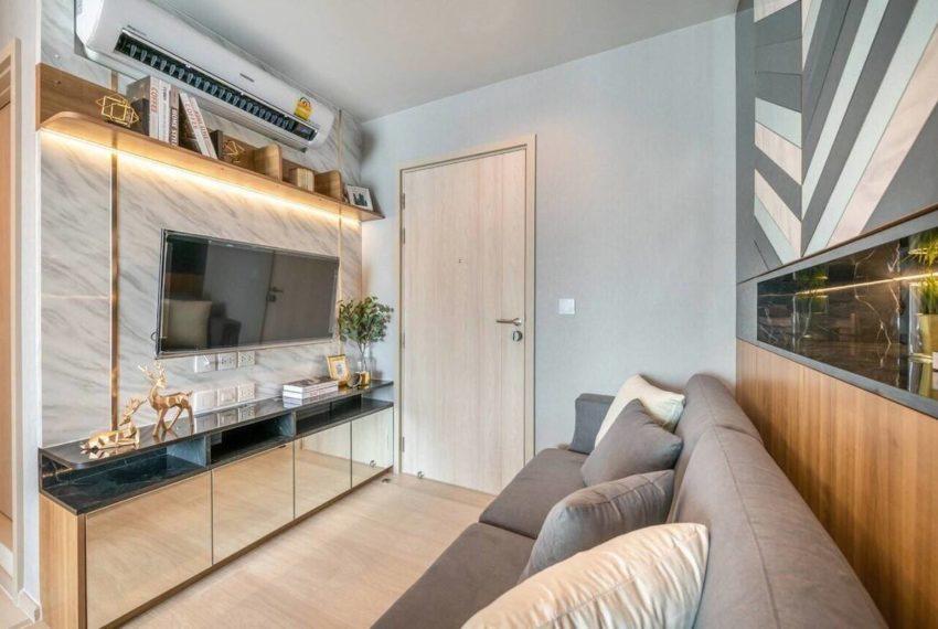 LifeoneWireless_Livingroom3_Rent