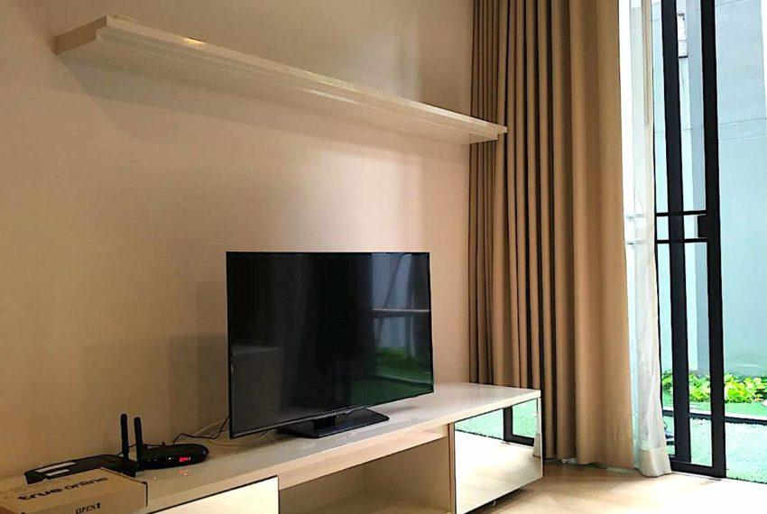 Liv@49_Livingroom2_Sale