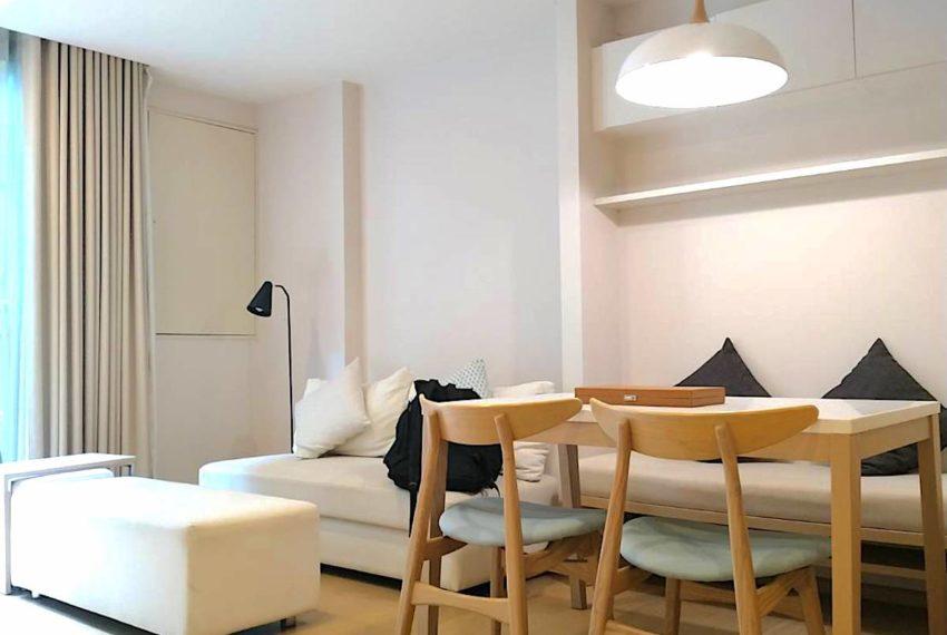Liv@49_Livingroom_Sale