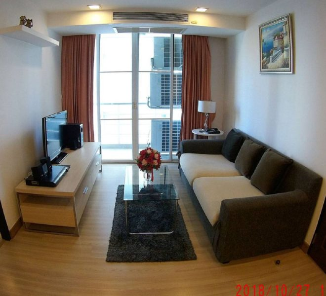 Condo in Sukhumvit 49 for rent - 2-bedroom - low-rise The Alcove 49