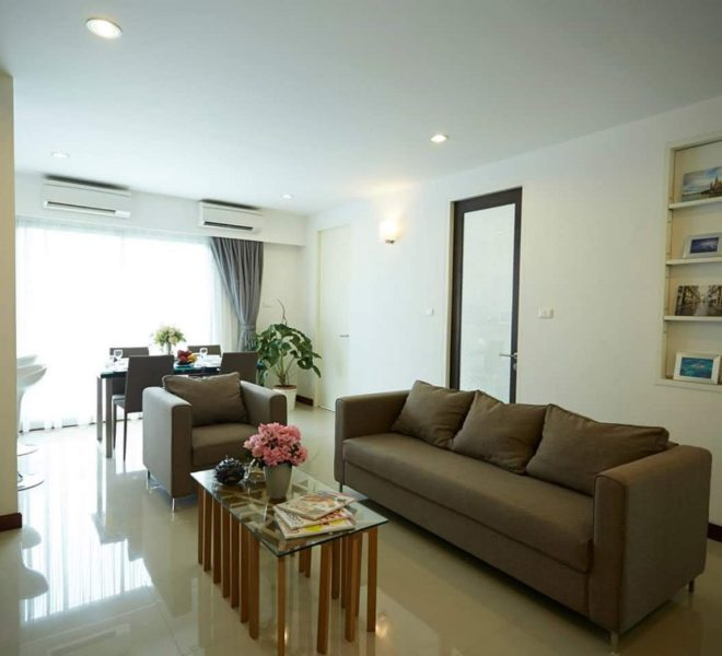 3-bedroom flat for rent in Ekkamai 12 - Low-Rise - Thavee Yindee