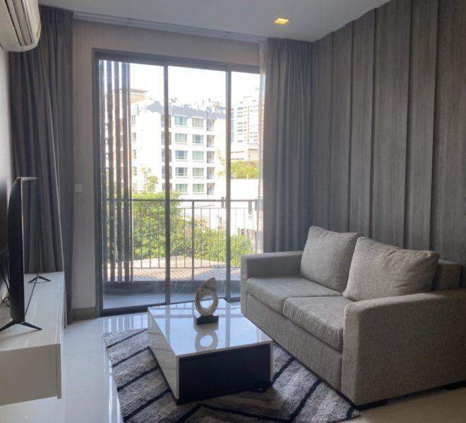 Modern 1-bedroom condo in a low-rise project for sale - near MRT - Trapezo Sukhumvit 16