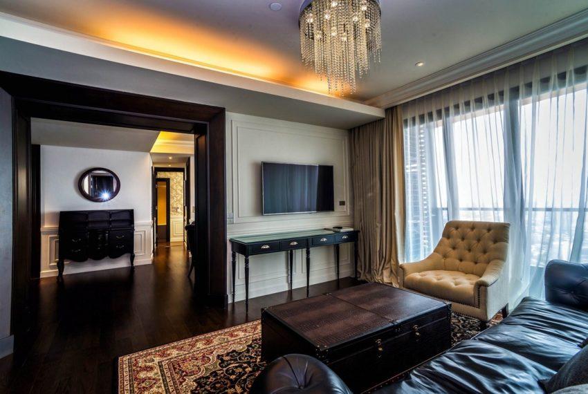 Lumpini Mini Penhouse_living room p2