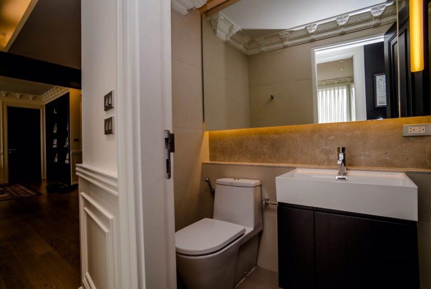 Lumpini Mini Penhouse_toilet p3