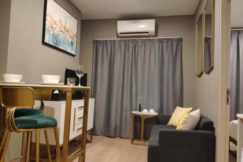 Lumpini Suite Phetchaburi-Makkasan 1-bedroom sale - living room