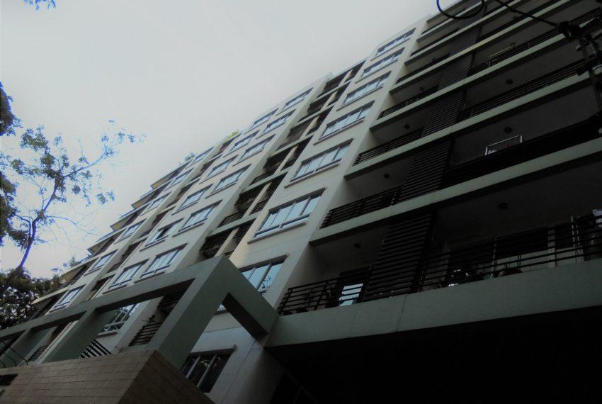 Lumpini-Suite-Sukhumvit-41-building