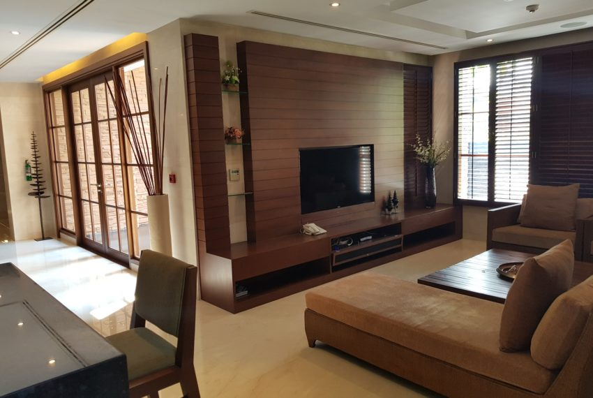 Luxury House-Resort-Sukhumvit-71-sale-rent-1st-floor-TV-room