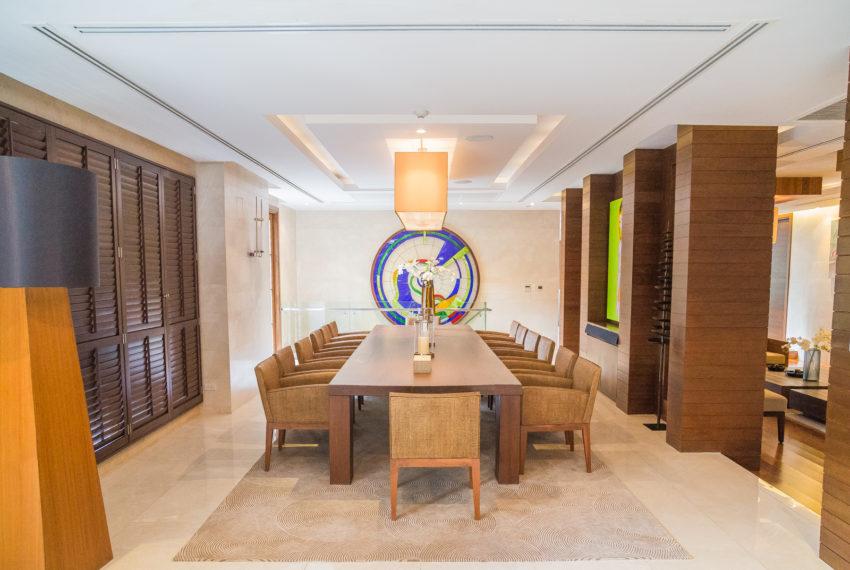 Luxury House-Resort-Sukhumvit-71-sale-rent-big-table