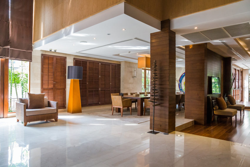 Luxury House-Resort-Sukhumvit-71-sale-rent-living area