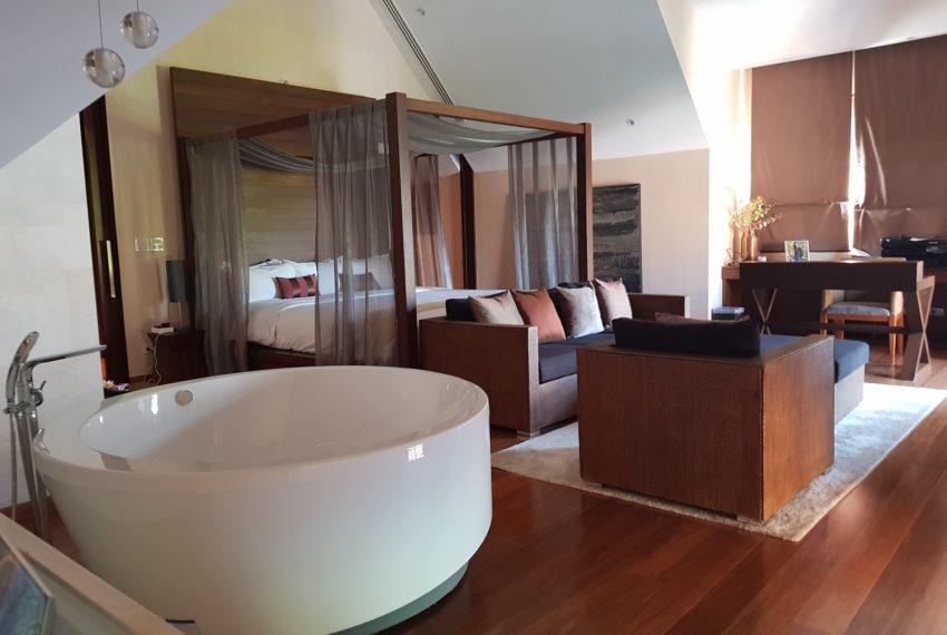 Luxury House-Resort-Sukhumvit-71-sale-rent-master-bedroom2