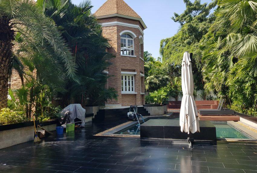 Luxury House-Resort-Sukhumvit-71-sale-rent-pool-area