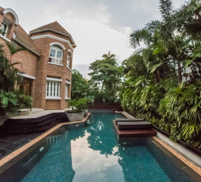 Luxury House-Resort-Sukhumvit-71-sale-rent-pool-garden