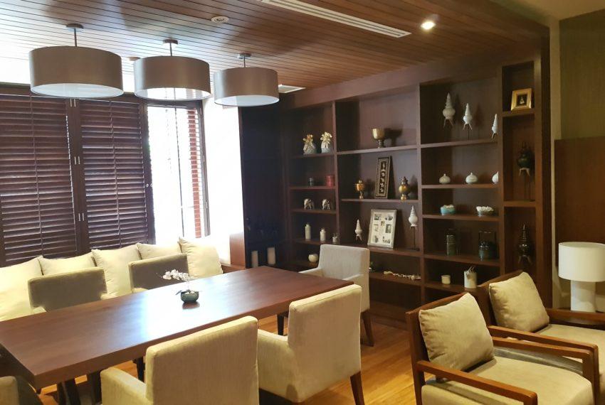 Luxury House-Resort-Sukhumvit-71-sale-rent-small-meeting-room-near-door