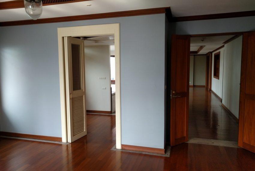 Maison de Siam 210sqm corridor01