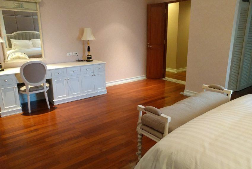 Maison de Siam 210sqm mater bedroom02