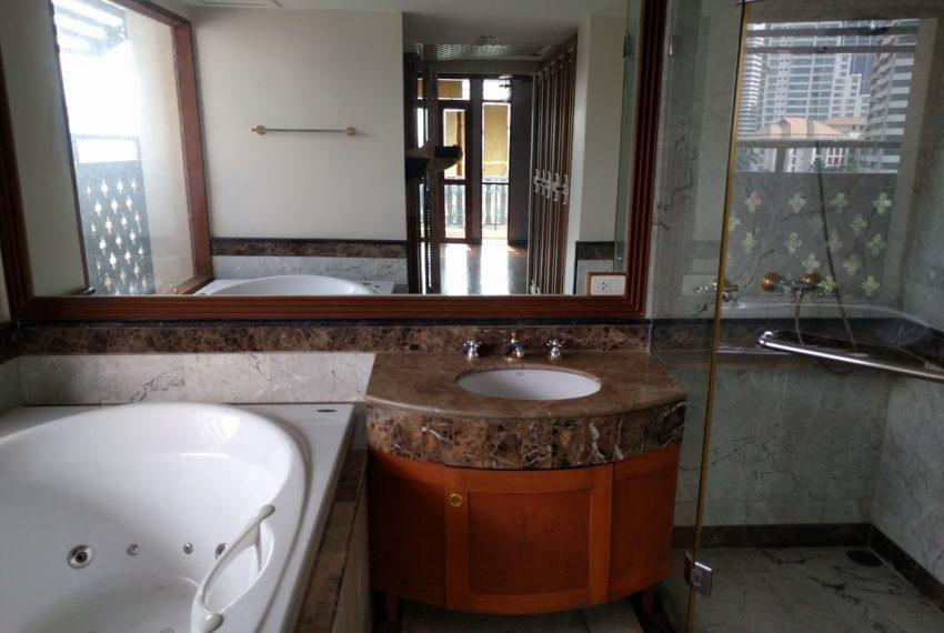 Maison de Siam 210sqm toilet02