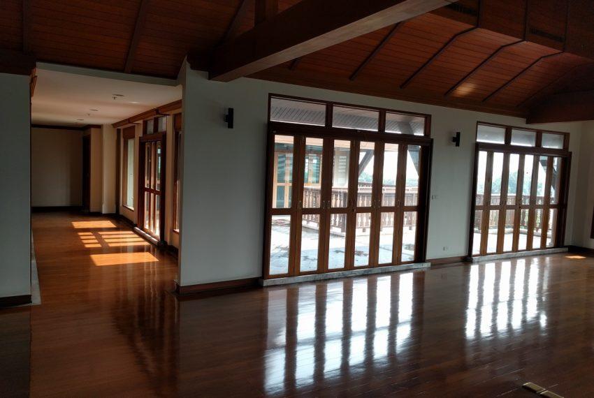 Maison de Siam 420smq room corridor01