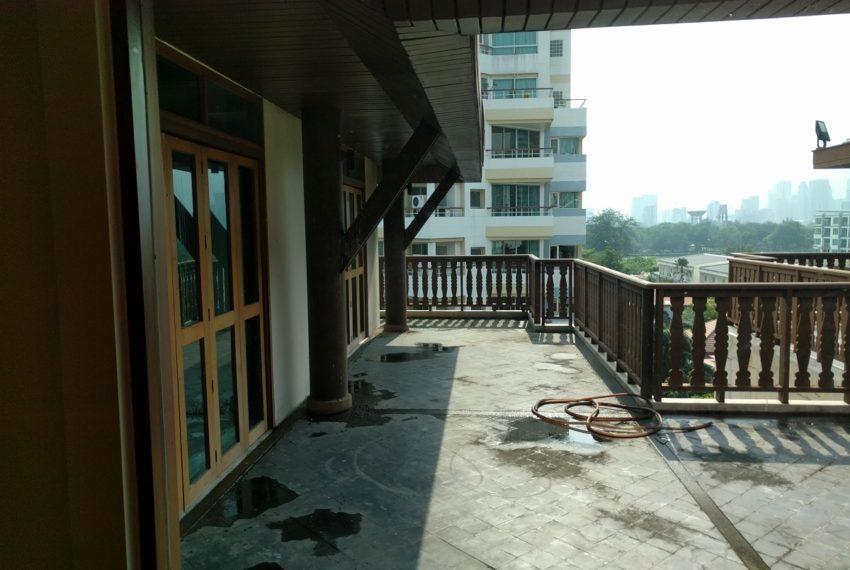 Maison de Siam 420smq room huge balcony01