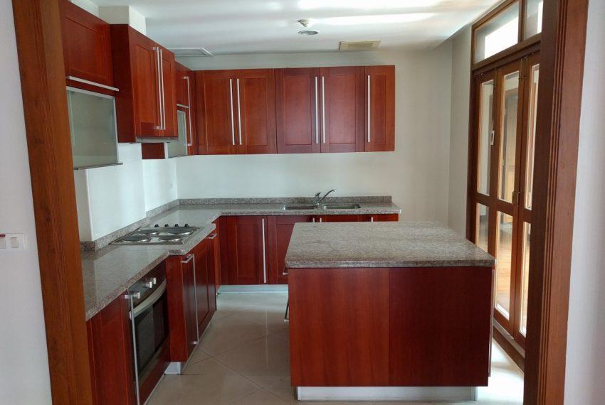Maison de Siam 420smq room kitchen01