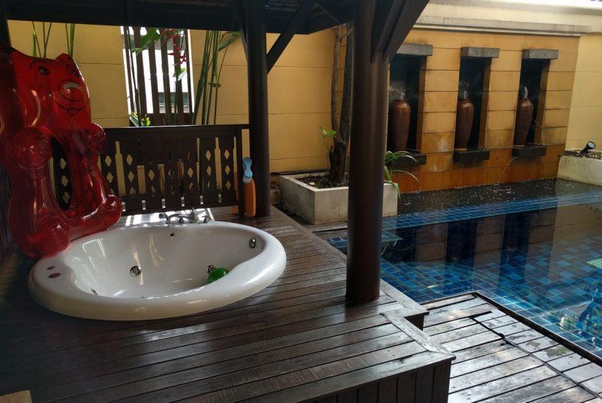 Maison de Siam jacuzzi03