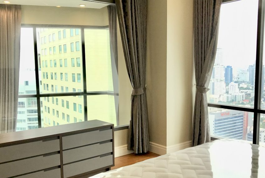 Marter bedroom