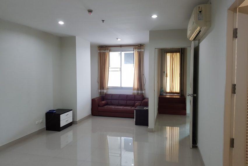 Master Centrium 2-bedroom duplex at Asoke for sale - 2nd floor