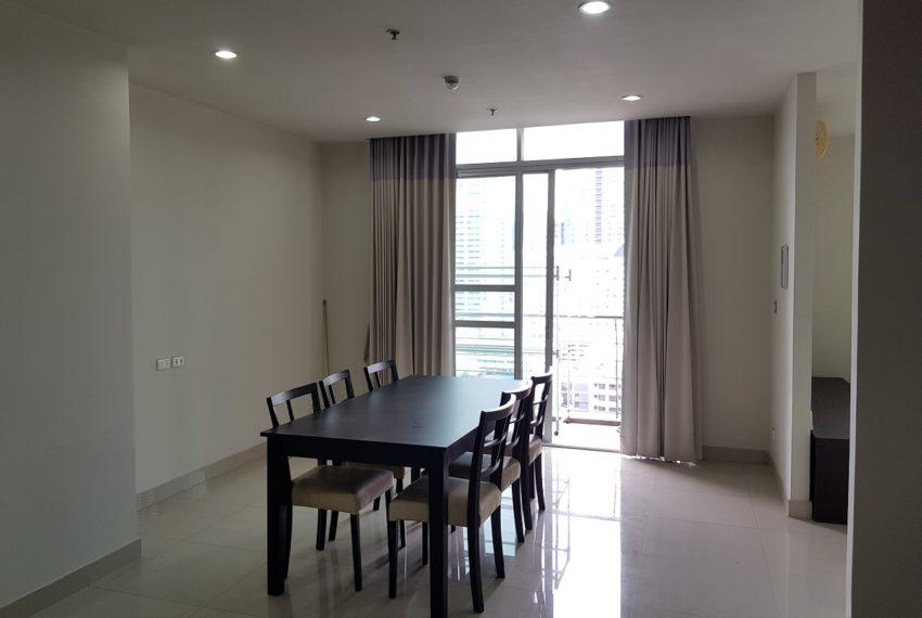 Master Centrium 2-bedroom duplex at Asoke for sale - large living room