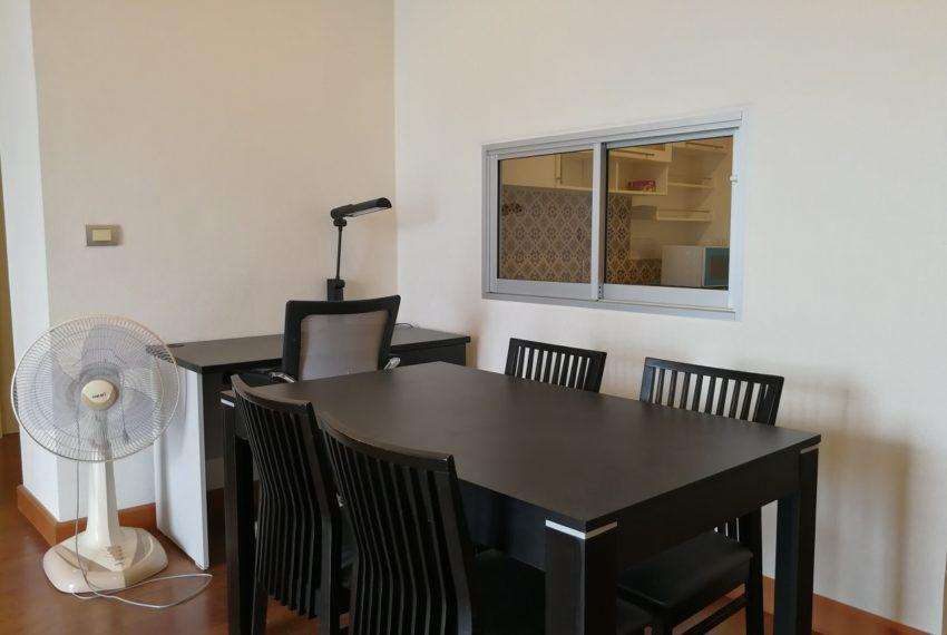 MasterCentrium-2b2b-Dining room