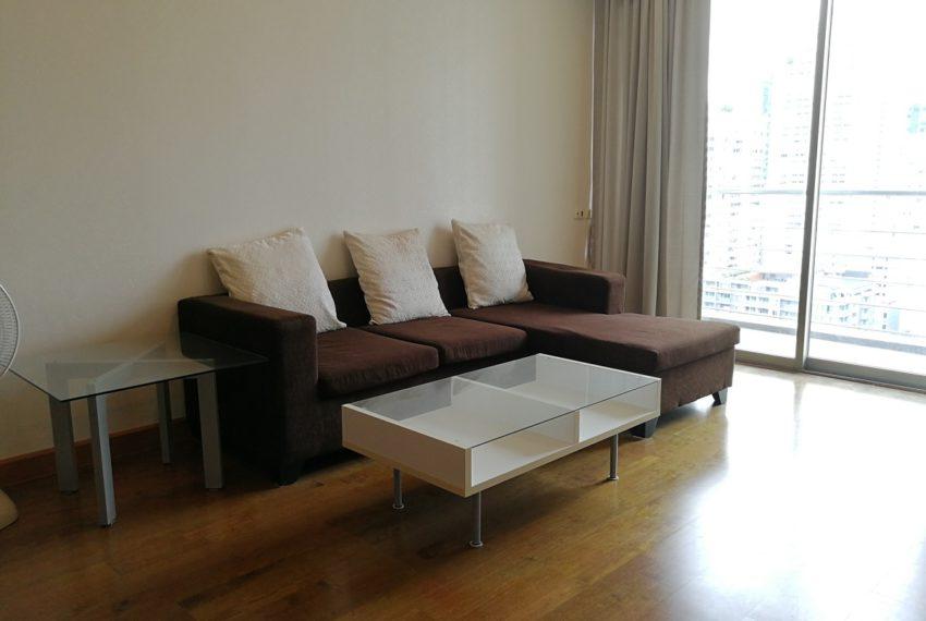 MasterCentrium-2b2b-Living room
