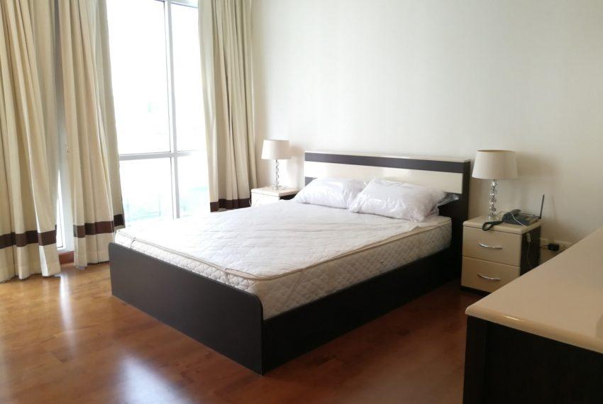 MasterCentrium-2b2b-bedroom1.2