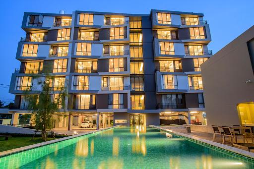 Mattani Suites Ekkamai 22 apartment - swimming pool