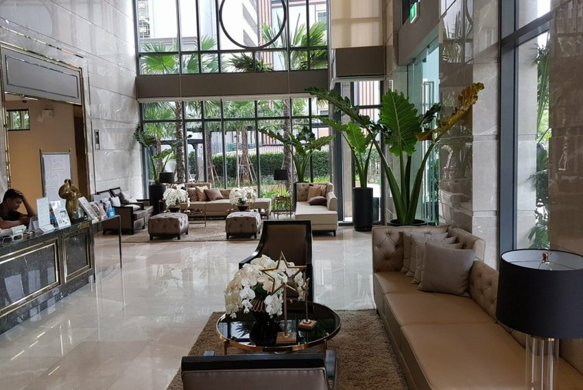 Mayfair Place Sukhumvit 50 condo - lobby