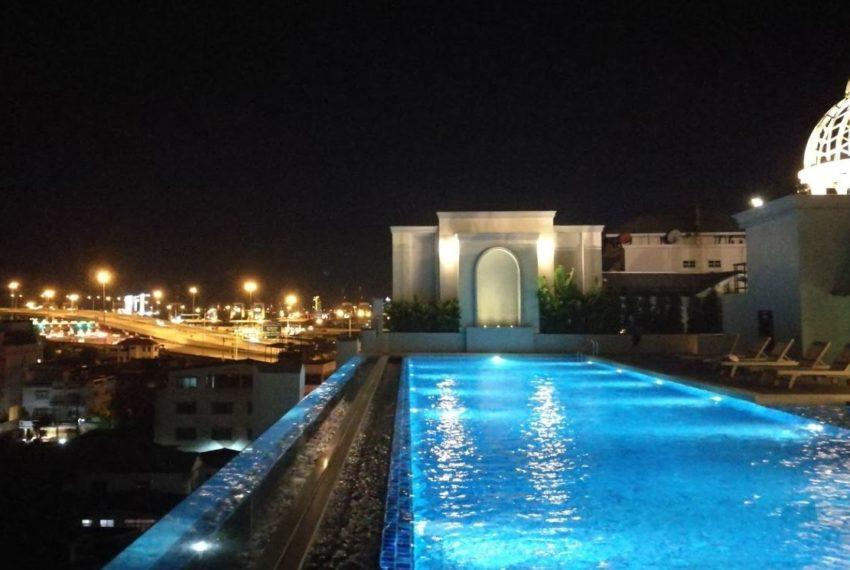 Mayfair Place Sukhumvit 50 condo - pool night