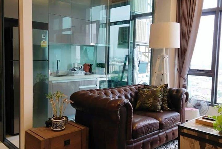 Mayfair_Livingroom2_Sale