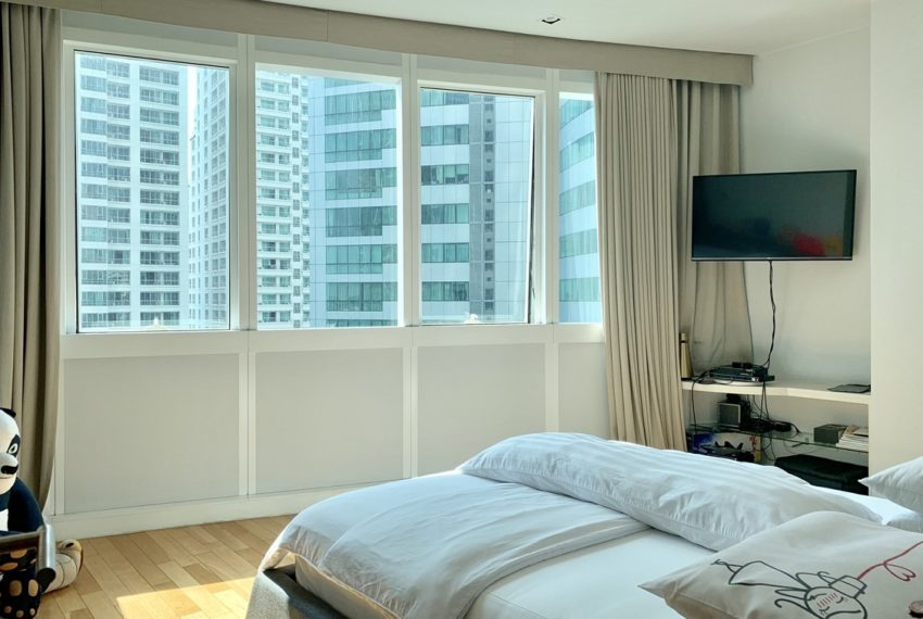 Millennium Residence -2 bed 3 bath-bedroom