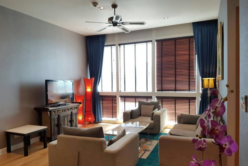 Millennium Residence 2 bedrooms high floor rent - living room