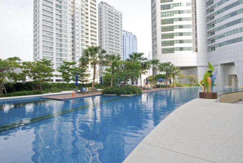 Millennium Residence Condominium Sukhumvit 20 - swimming pool