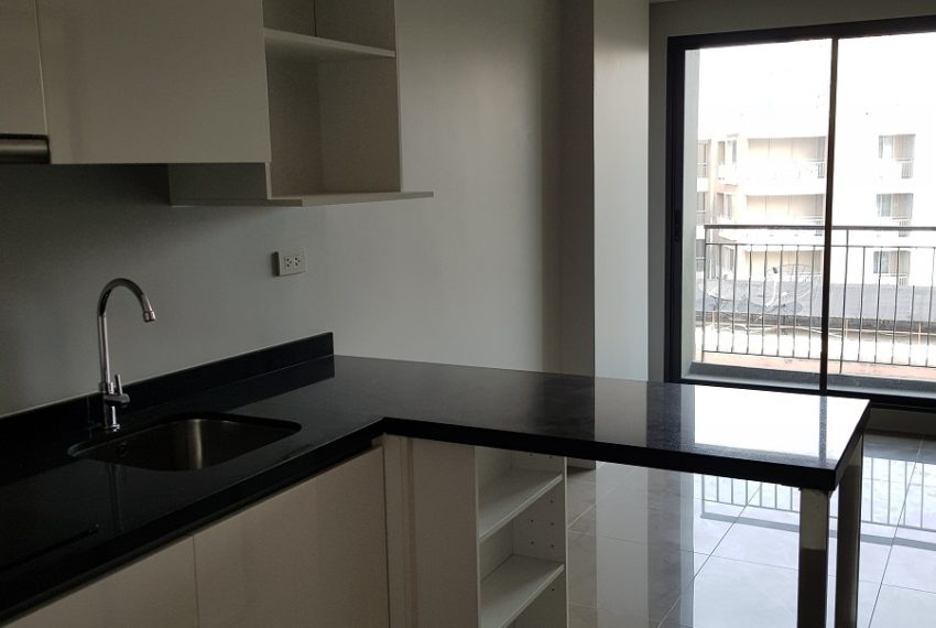 Mirage Sukhumvit 23 - 1bed 1 bath - top floor - living