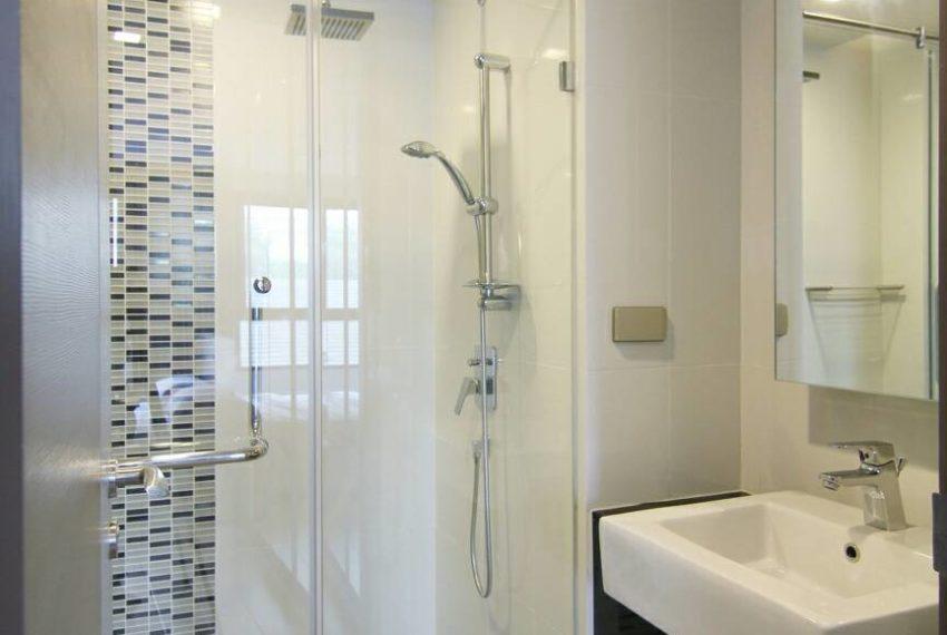 Mirage Sukhumvit 27 bathroom 01