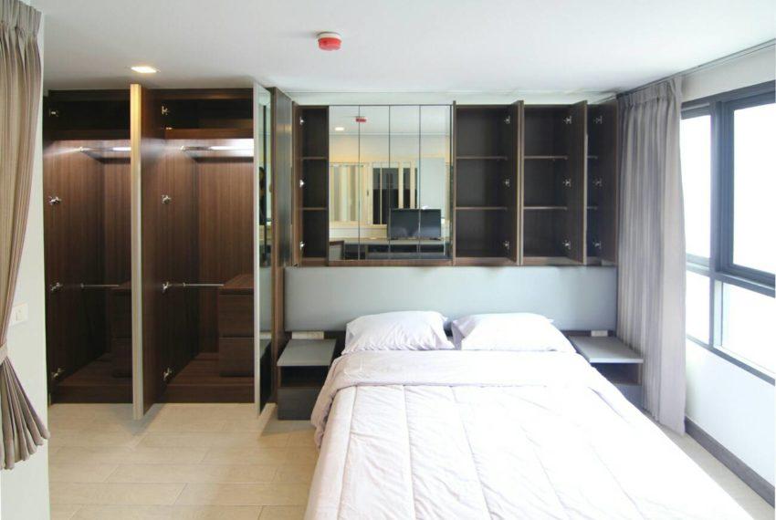 Mirage Sukhumvit 27 bedroom 03