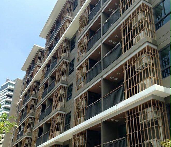 Mirage Sukhumvit 27 building 02