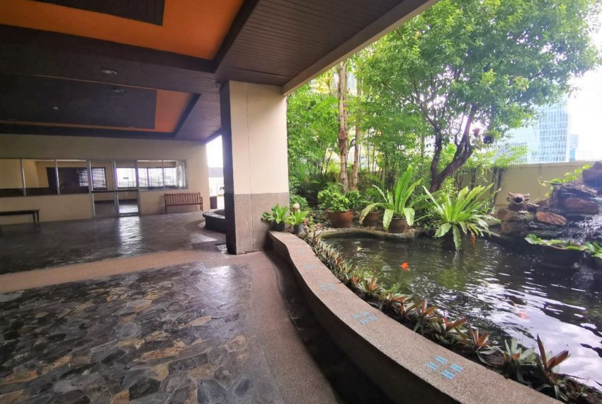 Monterey Place - 1b1b - For Sale - Swimming pool area