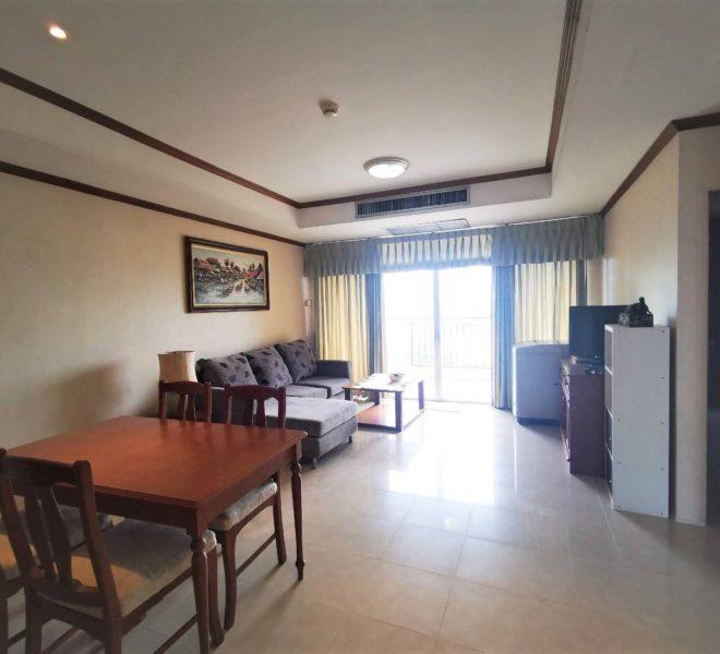 Rental in Asoke 2-Bedroom in Monterey Place on Mid-Floor - Affordable Price