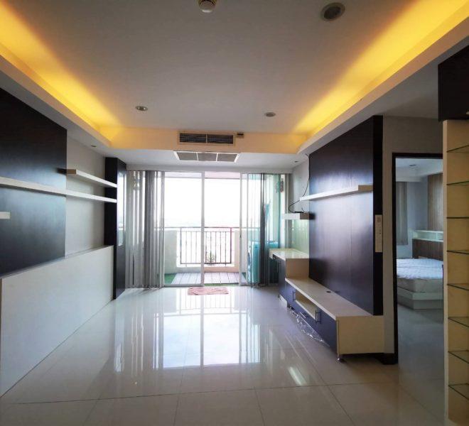 One Bedroom Near Benjakiti Park Condo for sale in Asoke