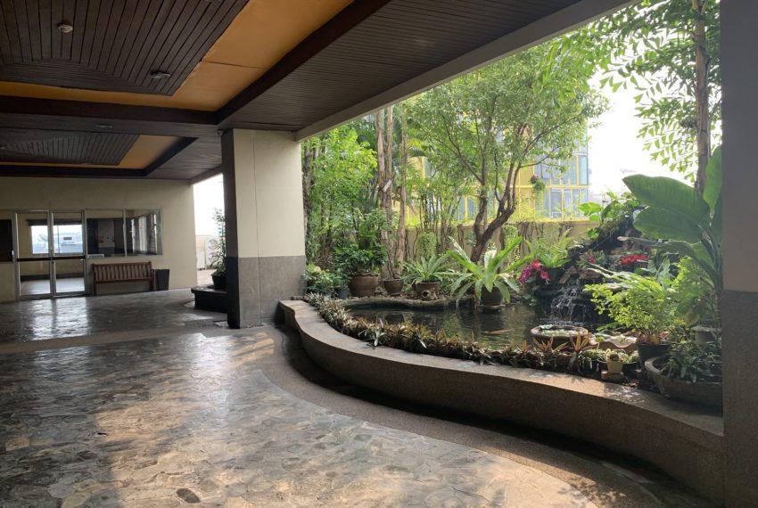 Monterey Place Sukhumvit 16 - garden