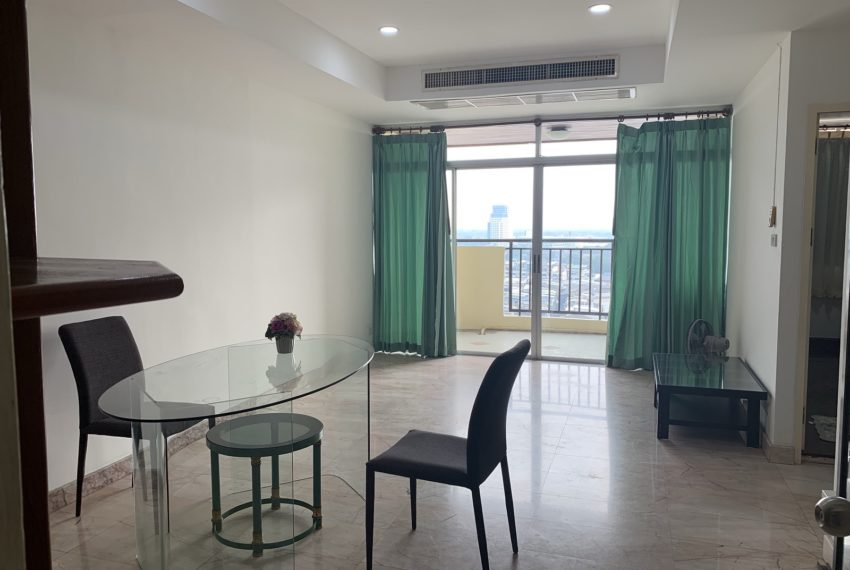 Monterey Place Sukhumvit 16 - rent 2-bedrooms - aircon