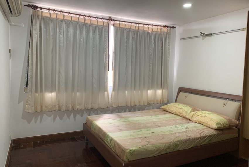 Monterey Place Sukhumvit 16 - rent 2-bedrooms - bed