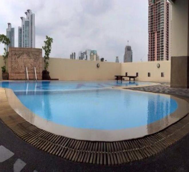 Cheap Asoke apartment near MRT - 1 bedroom - high floor - Monterey Place Condo